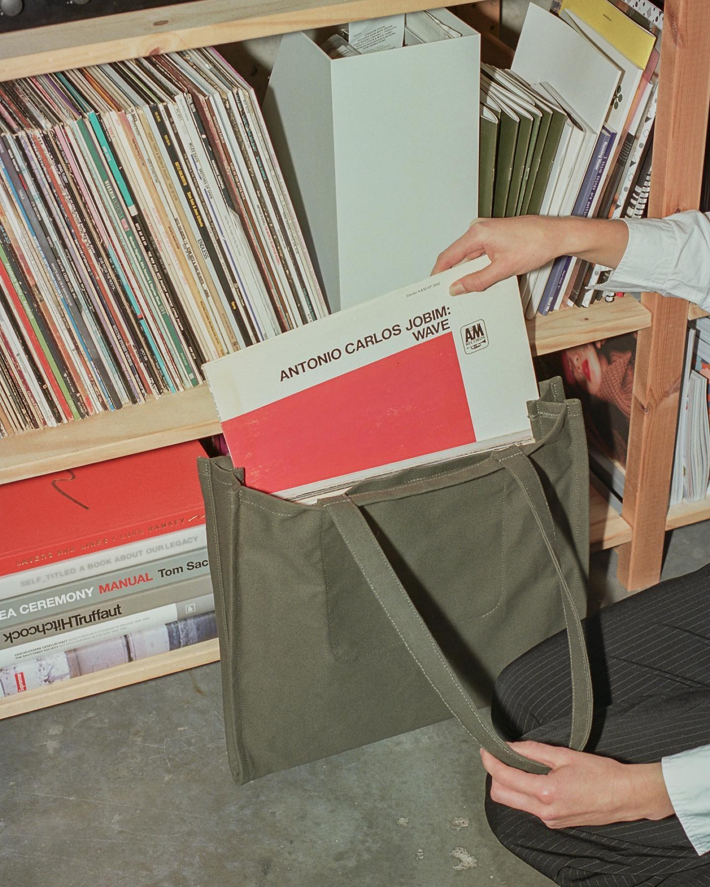 Accordion Tote in Army Green. #makrjournal